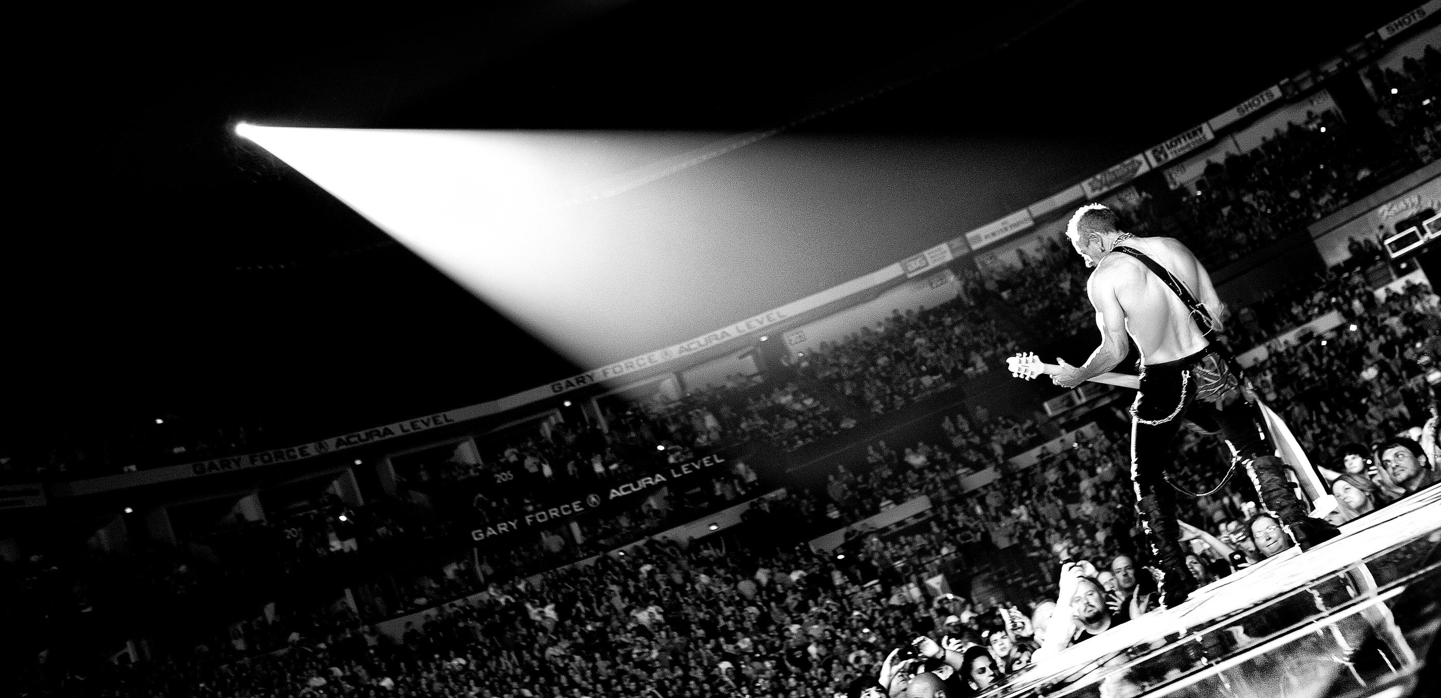Phil Collen Def Leppard Nashville 2012
