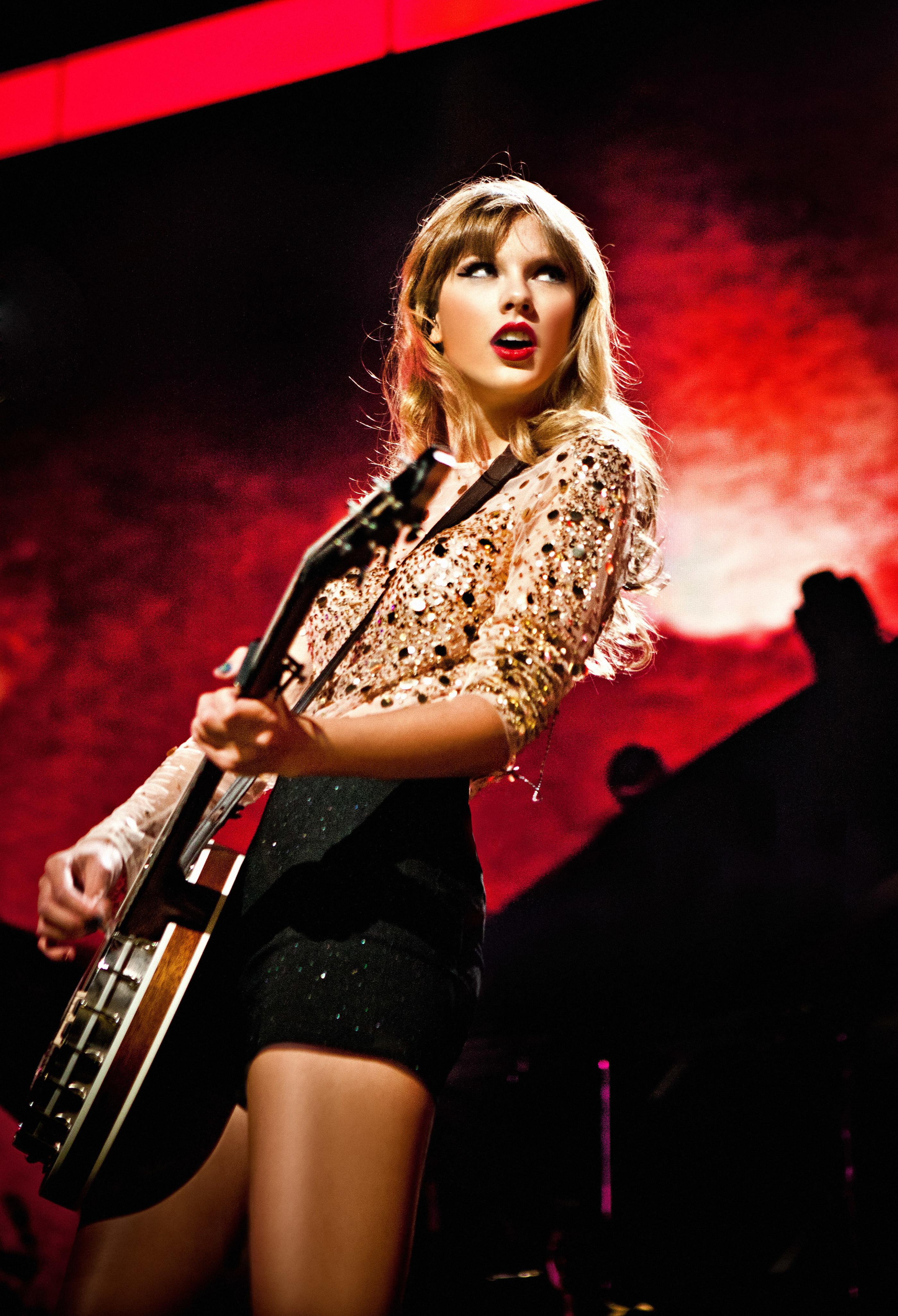 Taylor Swift live 2012