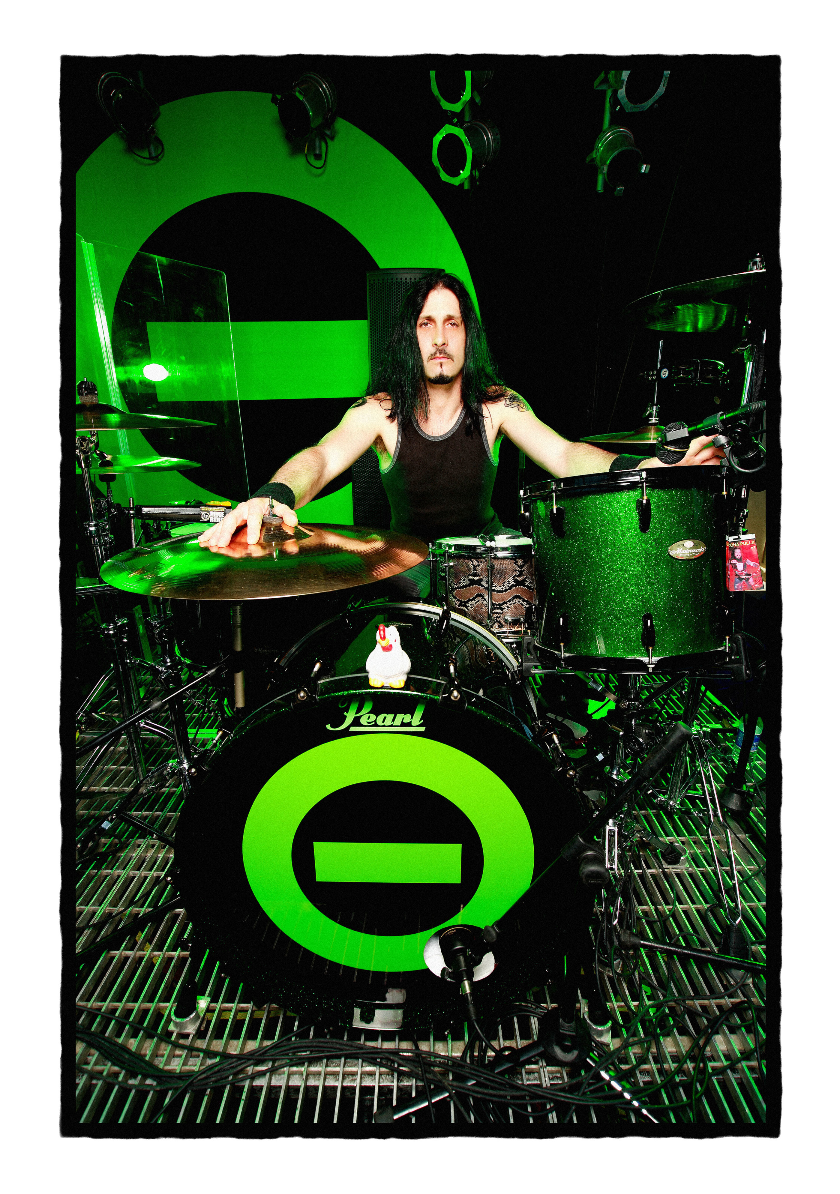johnny-kelly-type-o-negative-pearl-drums