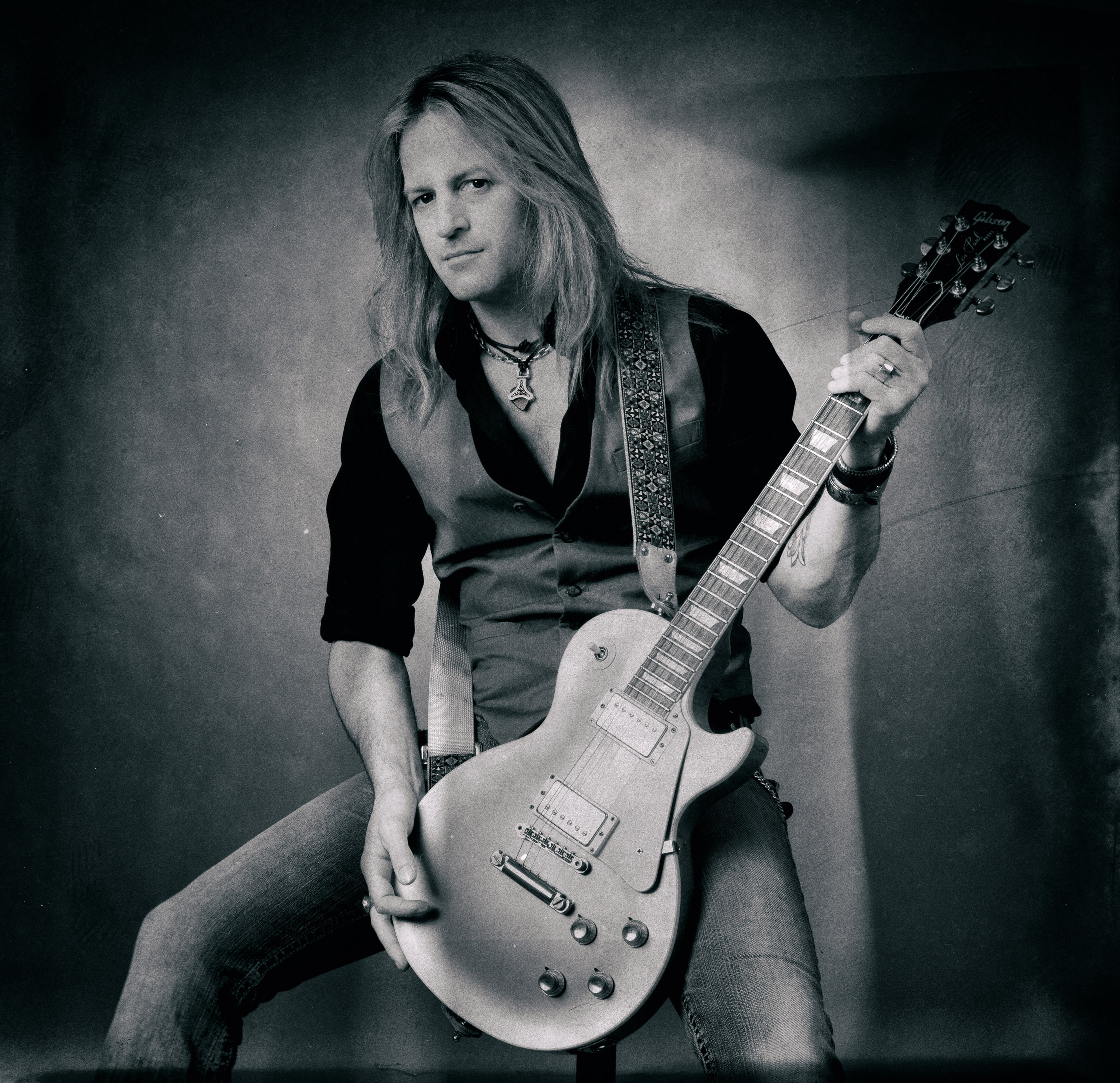 Doug Aldrich Portait