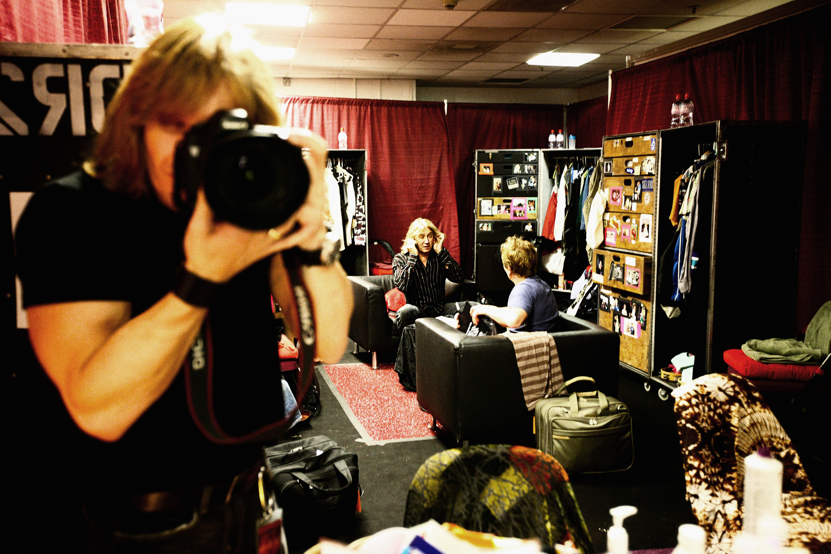 Def Leppard backstage Manchester M.E.N. 2008 by Ash Newell