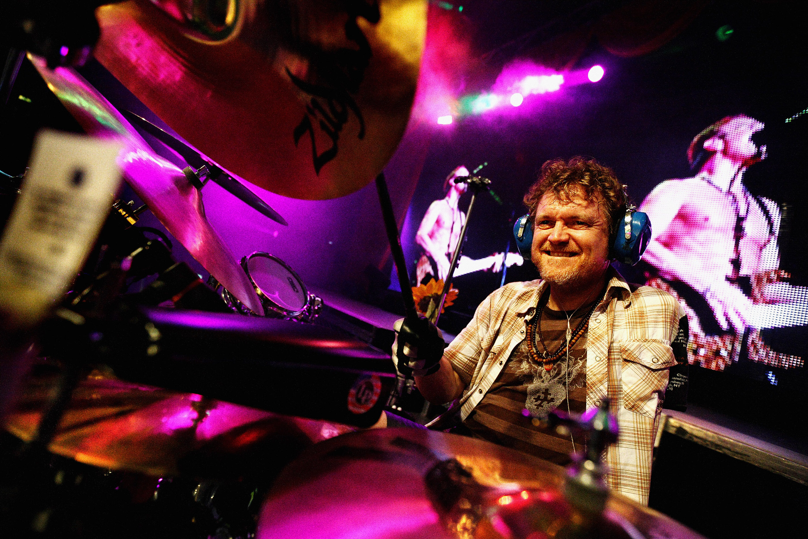 Rick Allen Def Leppard London by Ash Newell