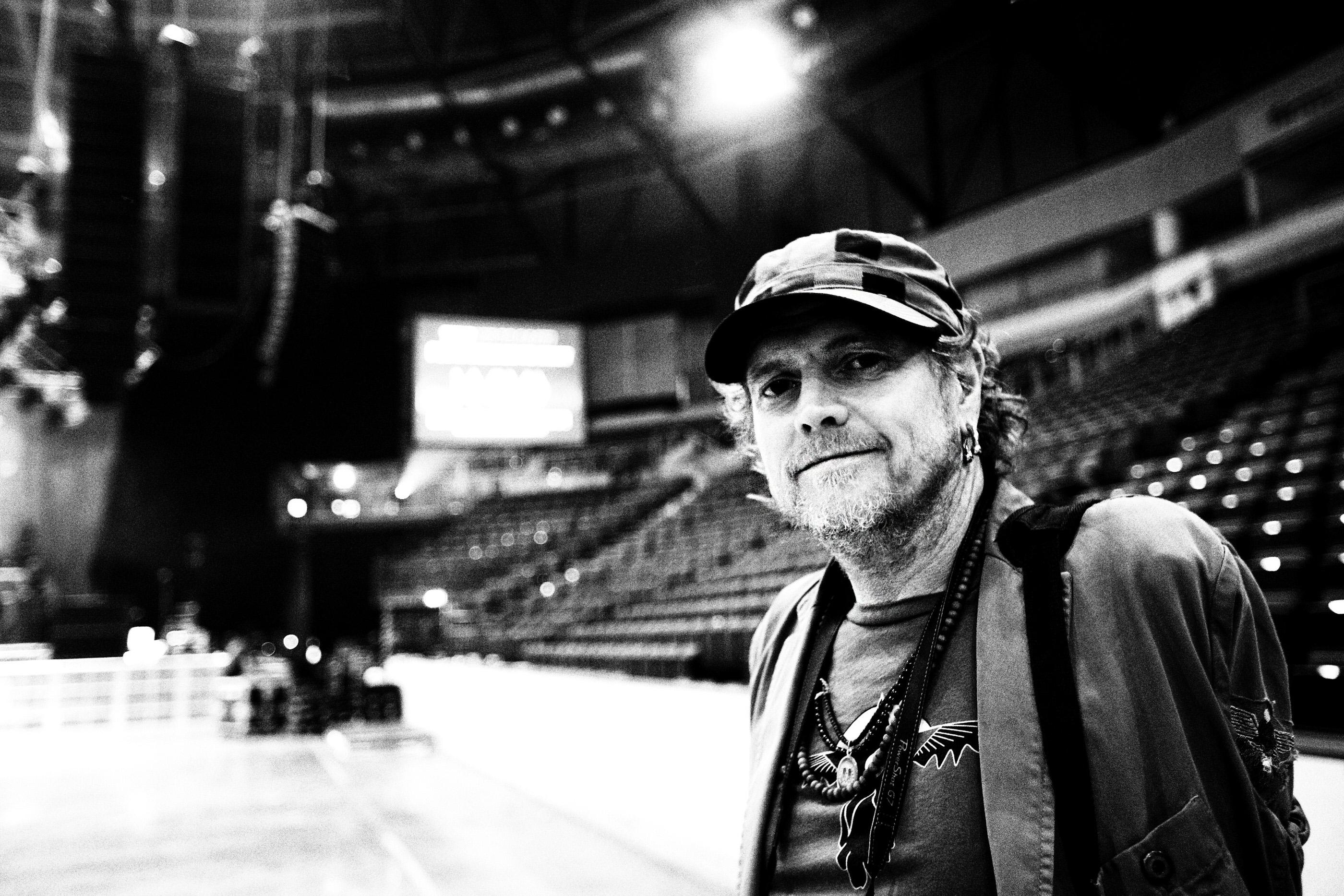 Rick Allen Def Leppard Belfast 2008 by Ash Newell