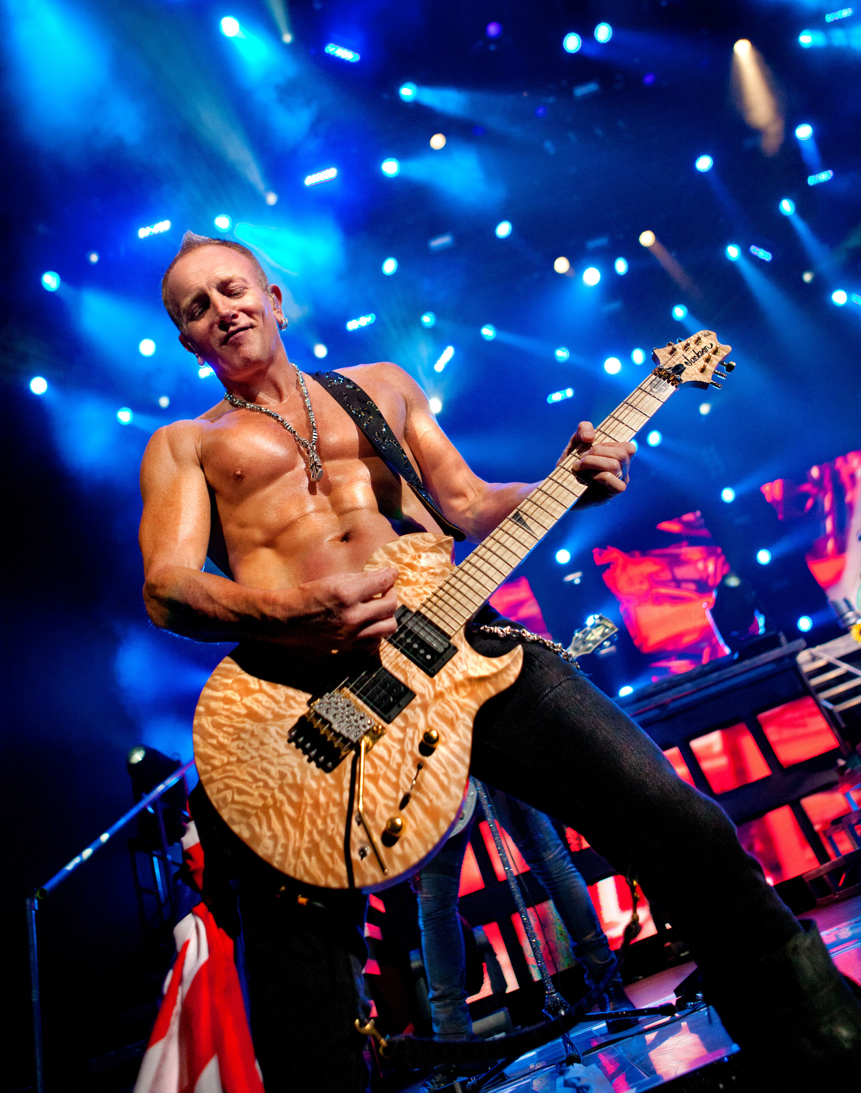 Phil Collen Def Leppard Nashville 2012