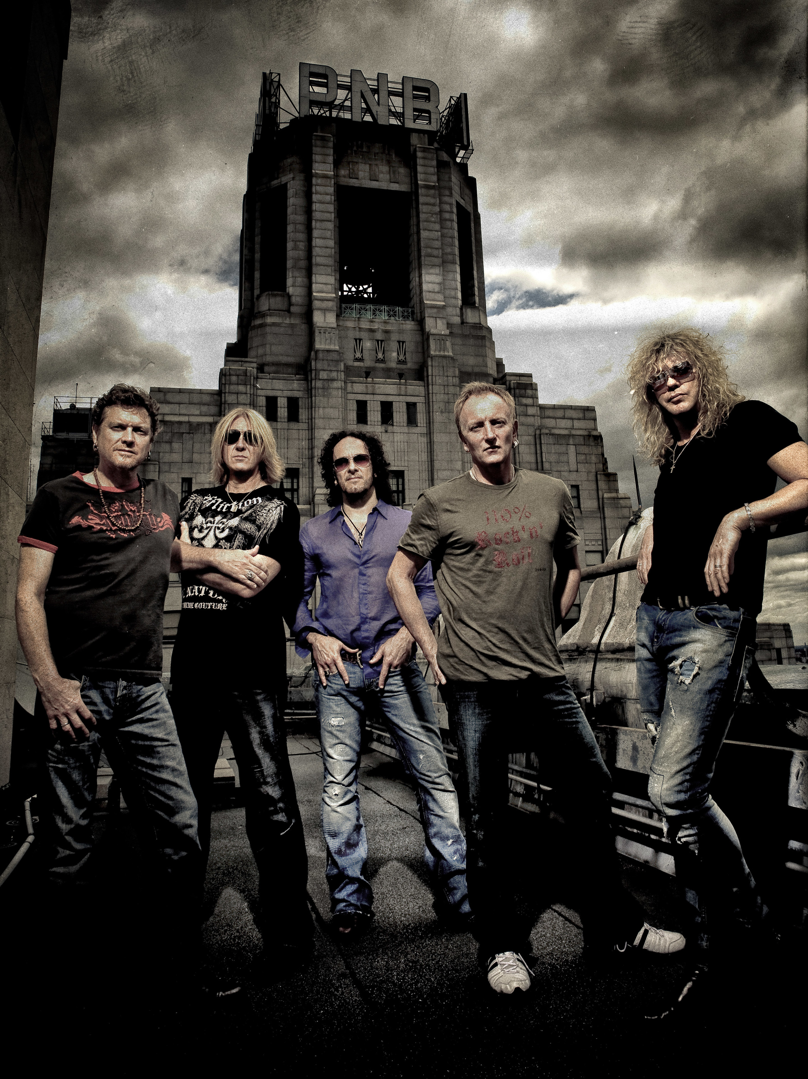 Def Leppard Rooftop Photoshoot 2009
