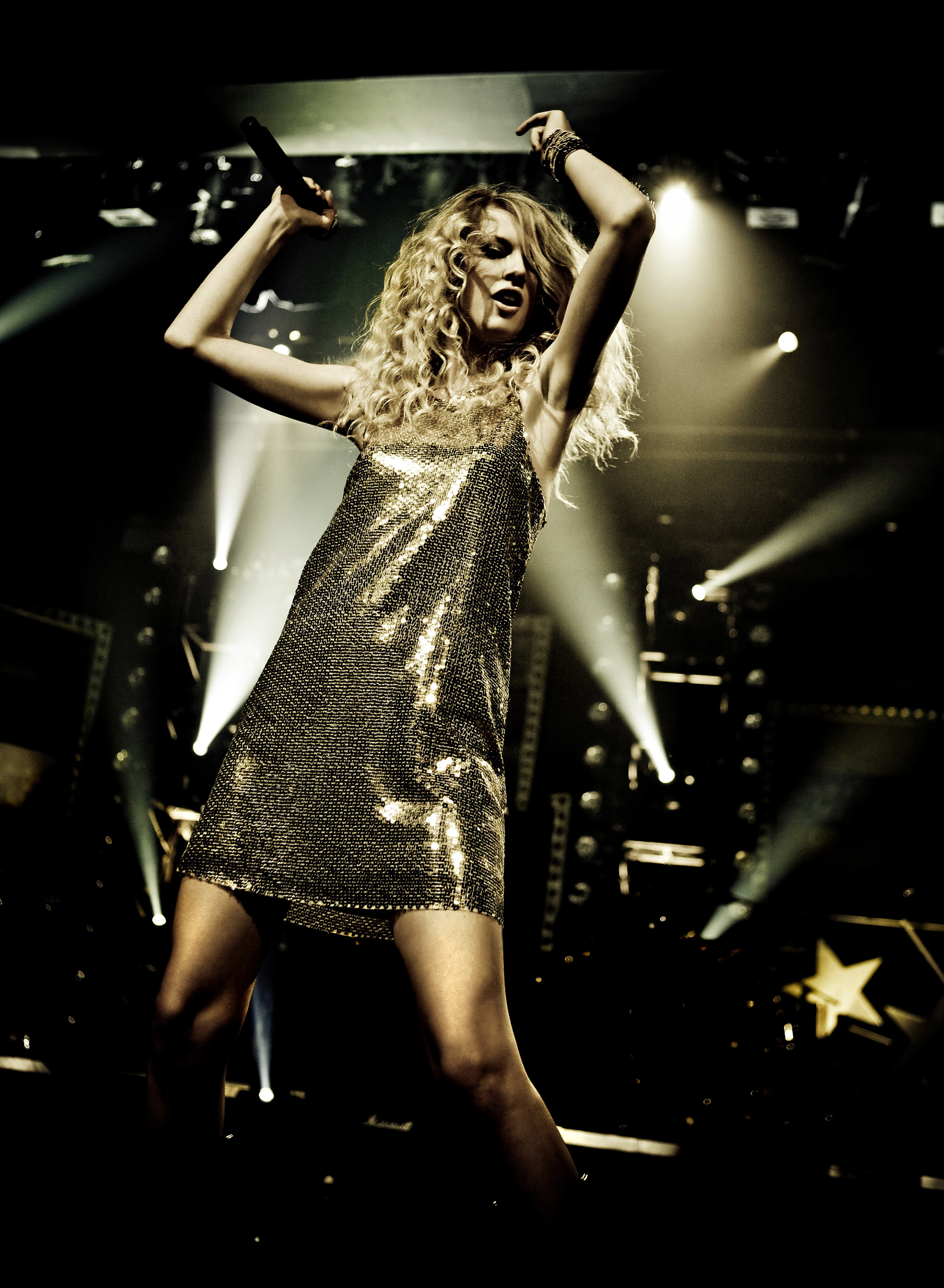 Taylor Swift Crossroads Nashville 2008