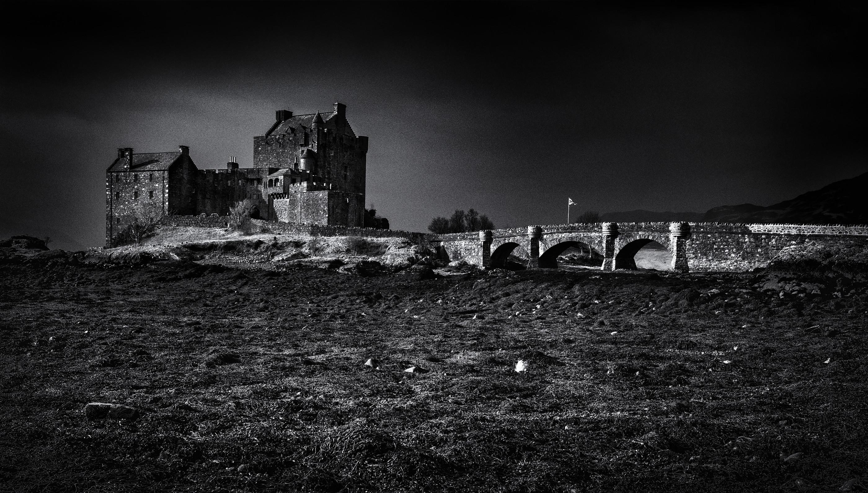 eilean-donan-castle-scotland-ash-newell