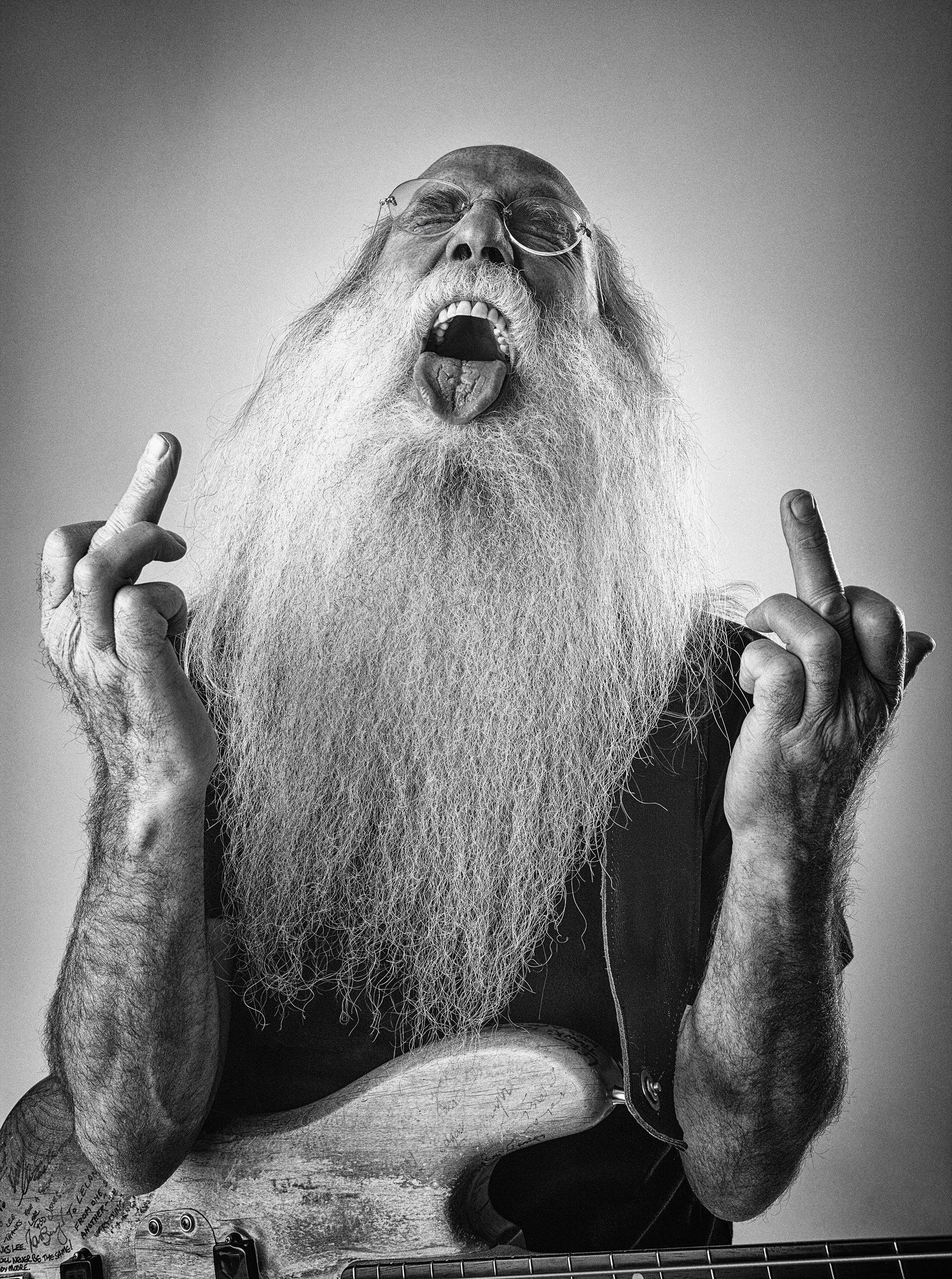 Leland Sklar Double Finger © Ash Newell Photography