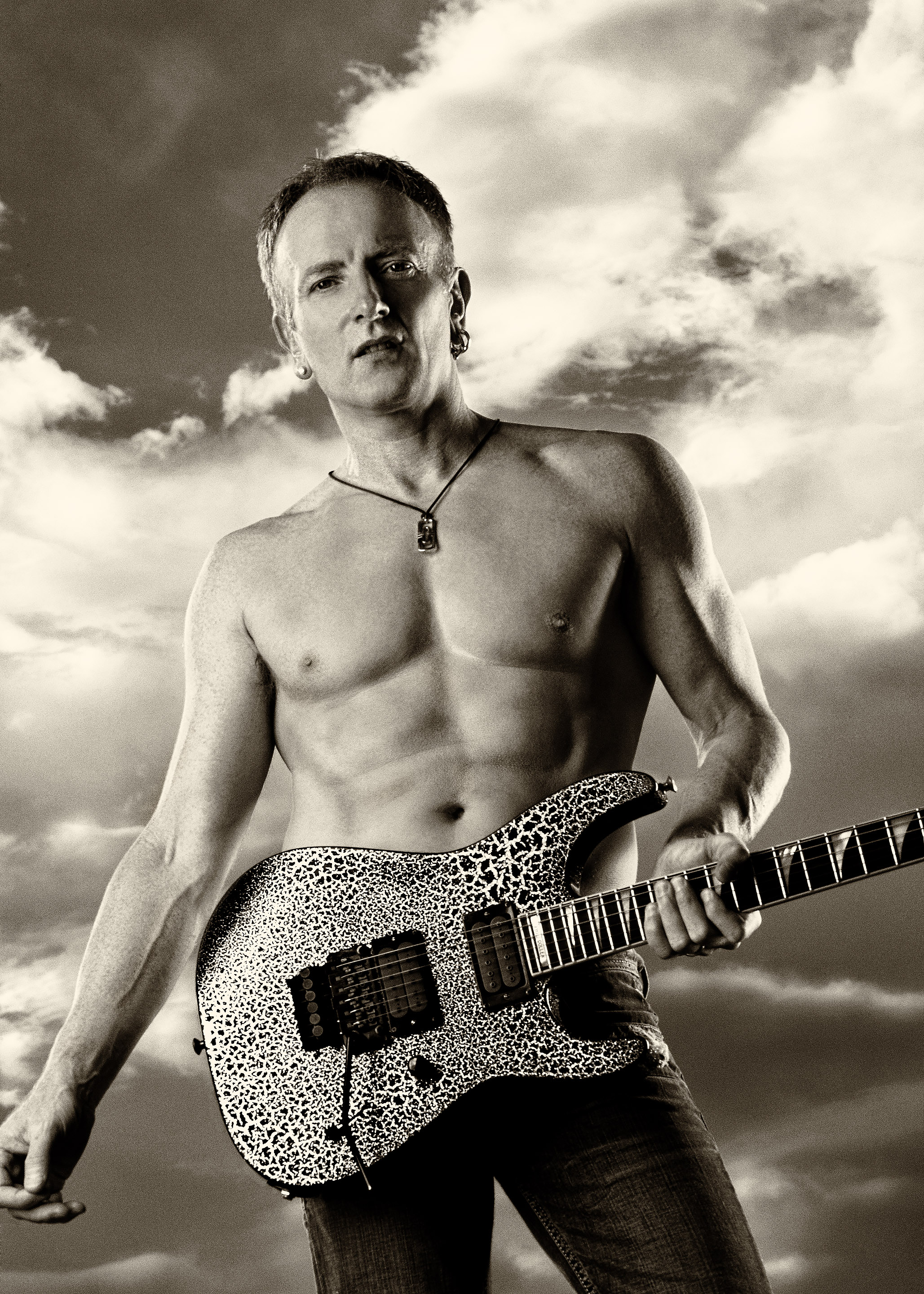 Phil Collen Crackle Jackson Guitar 2007 © Ash Newell Photograph