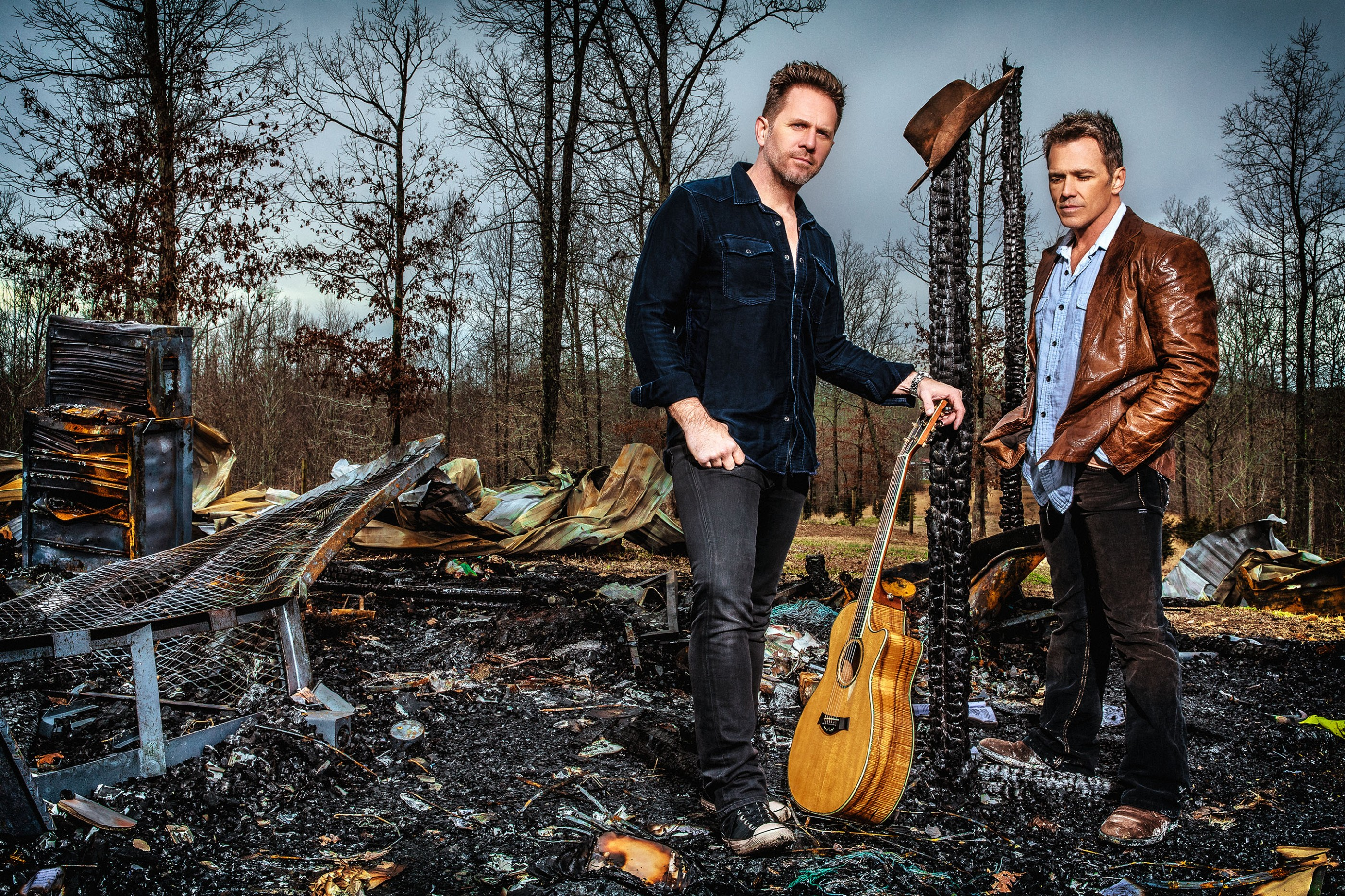 blue-county-country-duo-ash-newell