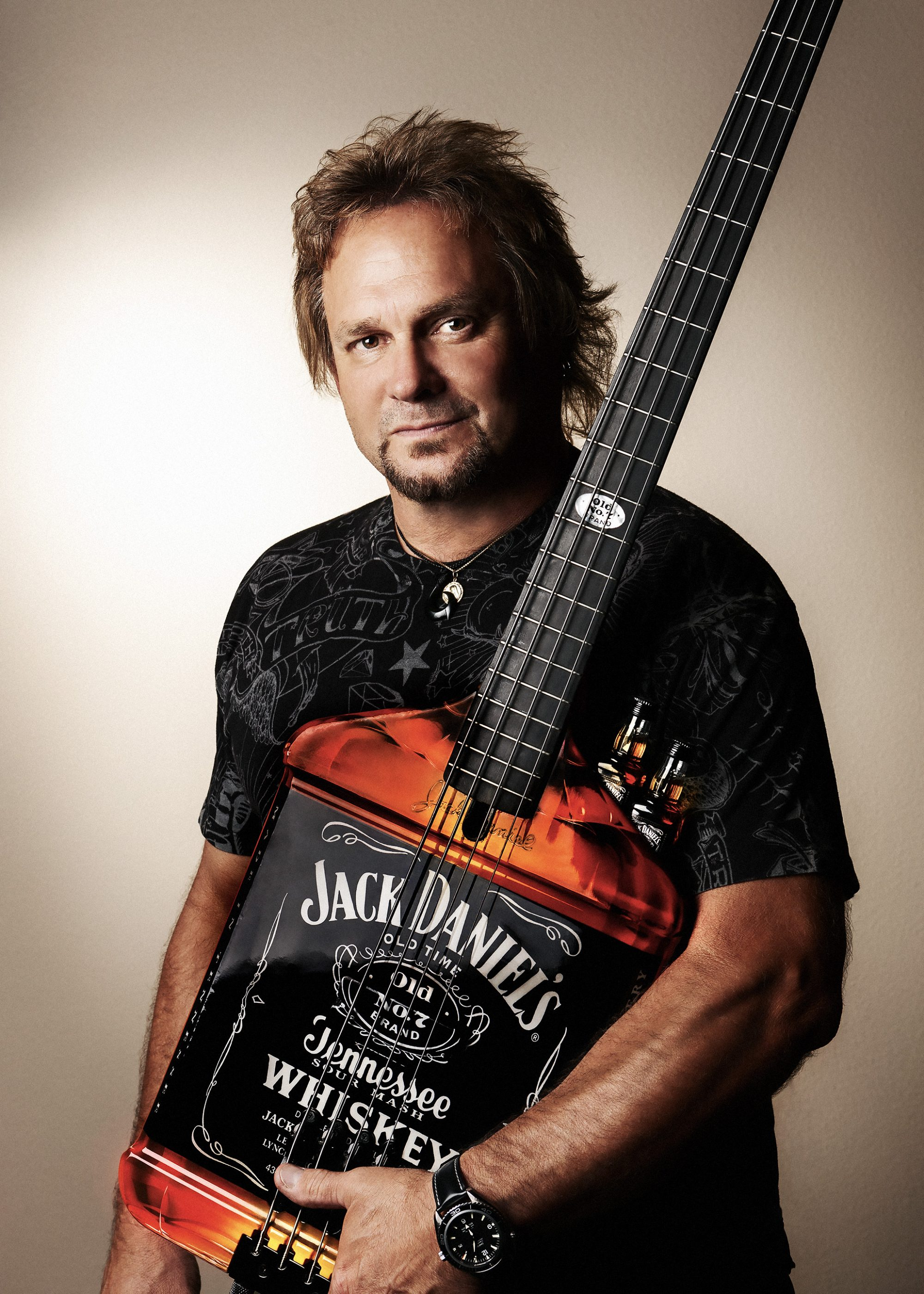 Michael Anthony JD bass