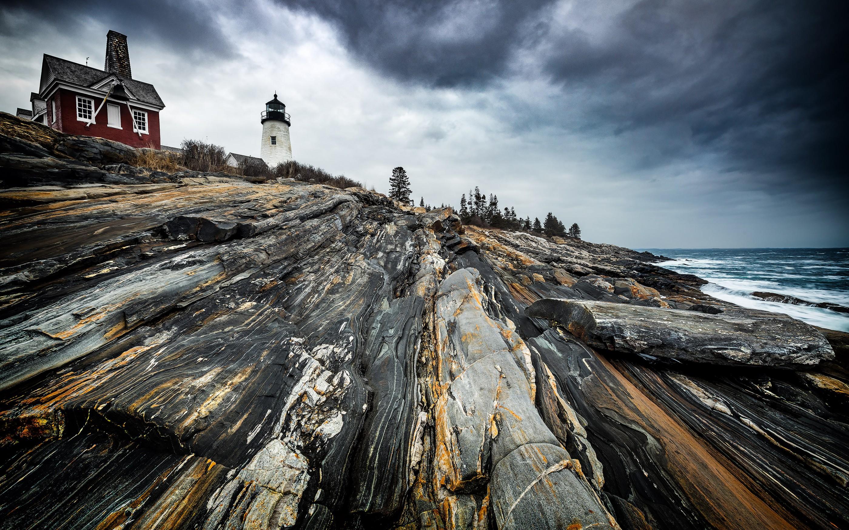 pemaquid-point-lighthouse-maine-ash-newell